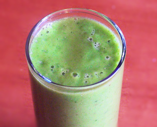 Spinach Pineapple and Banana Smoothie