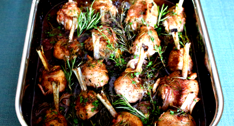 Red Wine and Herb Roasted Chicken Legs