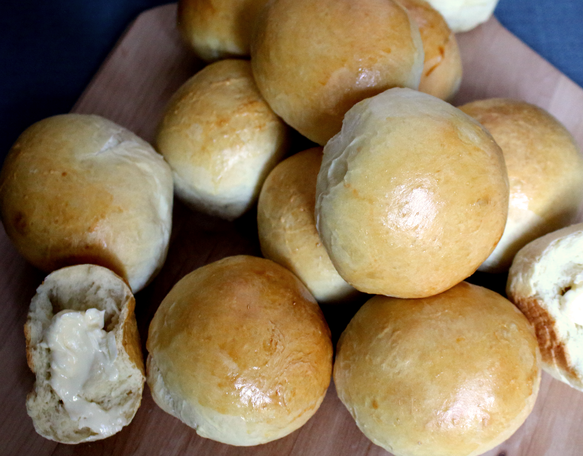Buttermilk Yeast Rolls