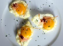Poached Egg Yolk on Egg White Meringue with Spicy Garlic Aoli